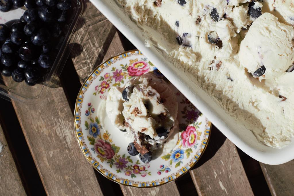 No-Churn 2-Ingredient Ice Cream