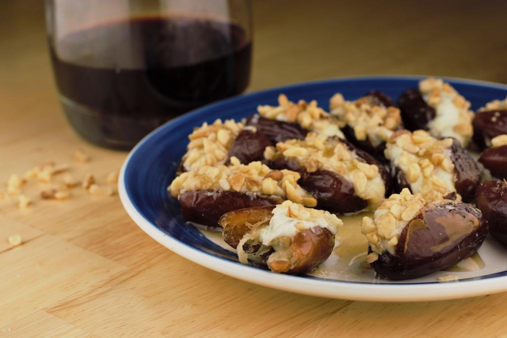 Gorgonzola Walnut Stuffed Dates
